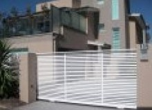 Kwikfynd Decorative Automatic Gates acaciahills
